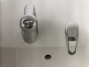ハウステックの洗面台の水栓