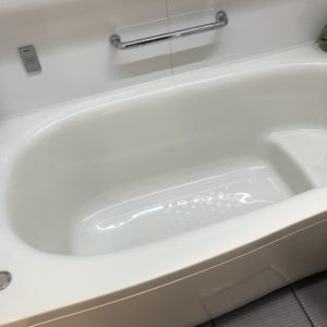 パナソニックのお風呂オフローラの浴槽