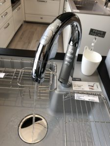 パナソニックタッチレス水栓